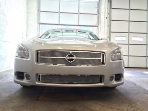 2011 Nissan Maxima stainless mesh grill